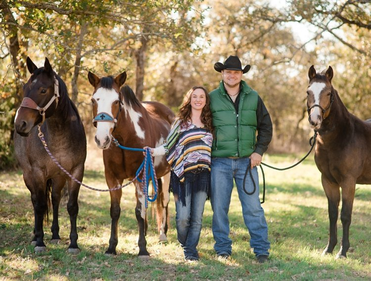 colt-and-haley-wright-trail-rides-and-cowboys-in-decatur-texas-by-kirstie-marie-photography_0001