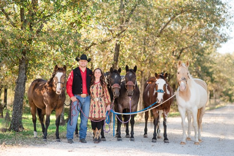 colt-and-haley-wright-trail-rides-and-cowboys-in-decatur-texas-by-kirstie-marie-photography_0003
