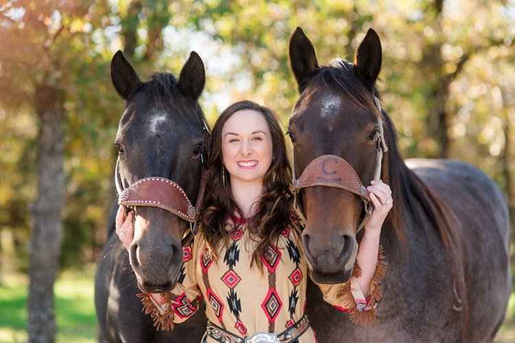 colt-and-haley-wright-trail-rides-and-cowboys-in-decatur-texas-by-kirstie-marie-photography_0007